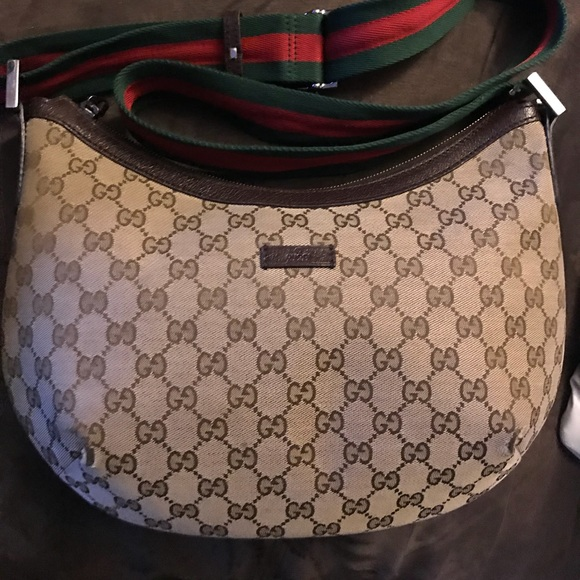 cd148409e38e84 Gucci Bags | Half Moon Crossbody | Poshmark